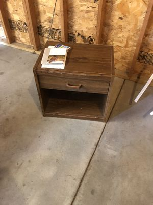 Small stand for Sale in Hastings, NE