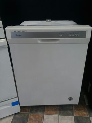 White Whirlpool Dishwasher for Sale in St. Louis, MO