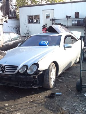 (12) 2001 Mercedes CL500 Coupe PARTS for Sale in Philadelphia, PA