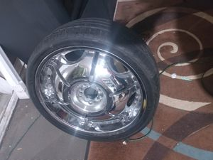 2 sets of 20inch rims chrome sets has 5 rims, tires and center caps. Universal lug 5 pattern 500 for all 9 rims and tires. lowered to 450 or BO for Sale in Orlando, FL