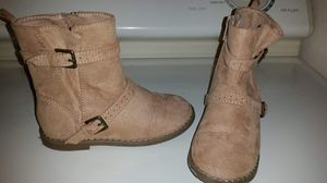 Girls suede side zipper boots size 9 for Sale in Largo, FL
