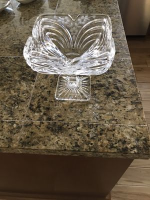 Crystal pedestal bowl for Sale in Normandy Park, WA