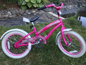Cute Diamondback girls bike W/ training wheels for Sale in Sandy, OR