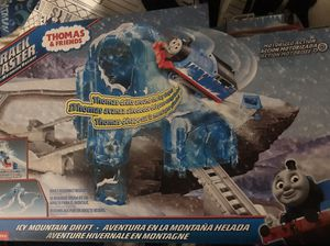 Thomas & friends trackmaster trains motorized railway for Sale in Suisun City, CA