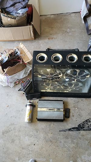 Used Stereo System (very loud) for Sale in Santa Ana, CA