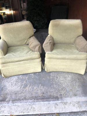 2 FREE Club Hickory Chairs for Sale in Mercer Island, WA