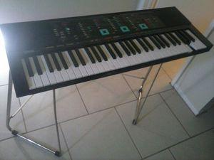 Yamaha,keyboard and beat machine for Sale in Glendale, AZ