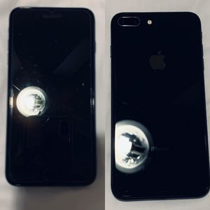 iPhone 8+ 64GB Mint condition (AT&T) for Sale in Pico Rivera, CA