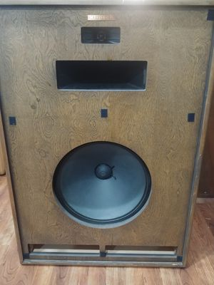 Klipsch Cornwall high end vintage speakers for Sale in Portland, OR