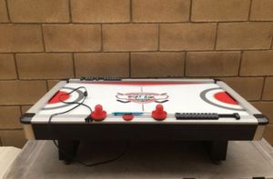 "40"" Kids Hover Air Hockey 🏒 Table.. great condition plug in & play In Fontana for Sale in Fontana, CA"