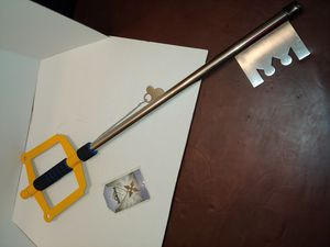 Kingdom Hearts keyblade and Rojas necklace for Sale in Smyrna, TN