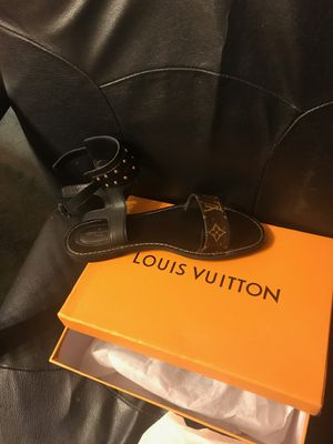 Louis Vuitton Sandals for Sale in New Castle, PA