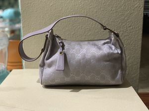 Authentic Vintage Gucci GG Lilac Purse for Sale in Ruskin, FL