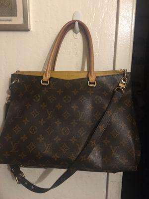 Louis Vuitton Bag Shoulder Strap or HandHeld for Sale in San Francisco, CA