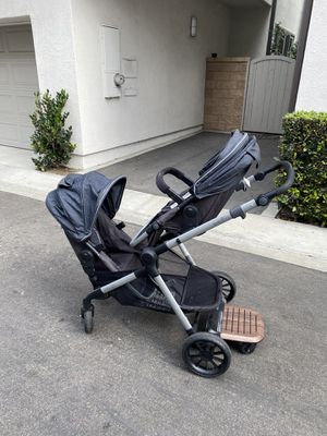 Evenflo Xpand Double Stroller and Car Seat for Sale in Hawthorne, CA