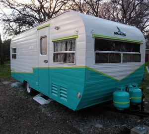 1954 MALLARD vintage travel trailer for Sale in Redding, CA