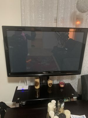 Panasonic tv works very good not smart 55inch for Sale in Charlotte, NC
