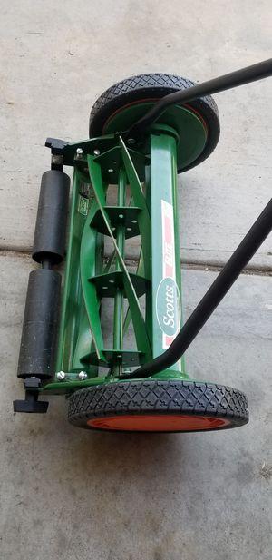 Lawnmower manual for Sale in Riverside, CA