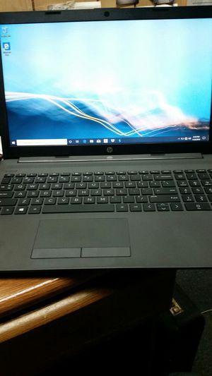 Hp 255 g7 laptop. 500gb window 10 pro for Sale in Newport News, VA