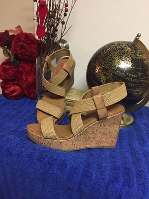 JellyPop Comfort Wedges Size 8 1/2 for Sale in Sherwood, AR