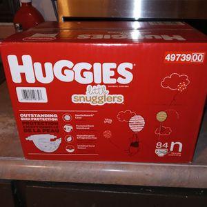 84 N HUGGIES LITTLE SNUGGLERS FOR SALE for Sale in Santa Ana, CA
