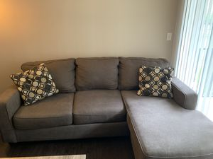 Sectional couch with chaise for Sale in Glassboro, NJ