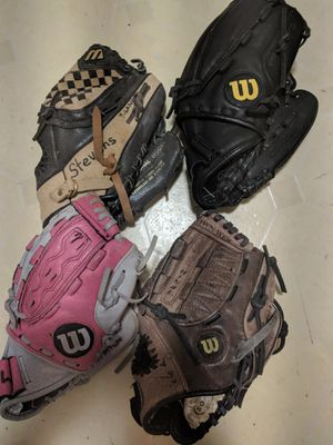 Baseball Gloves for Sale in Downers Grove, IL