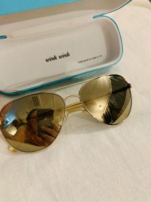 NEW Kate Spade gold aviator blossom sunglasses for Sale in Belleair Bluffs, FL