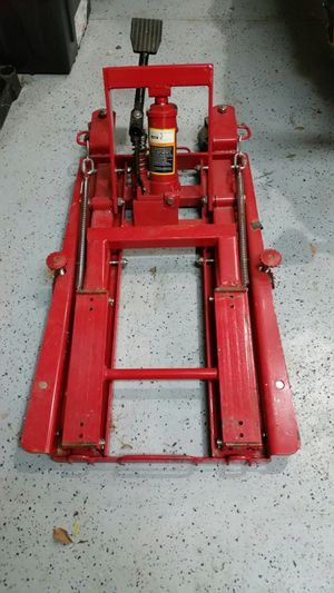 Motorcycle lift for Sale in Chicago, IL