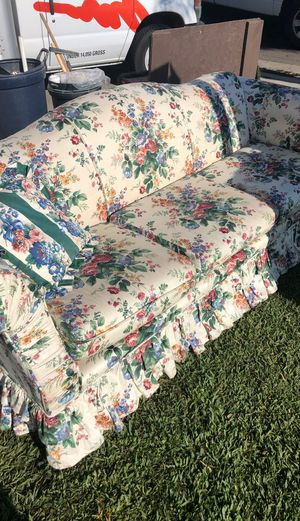 Couch for Sale in Cypress, CA