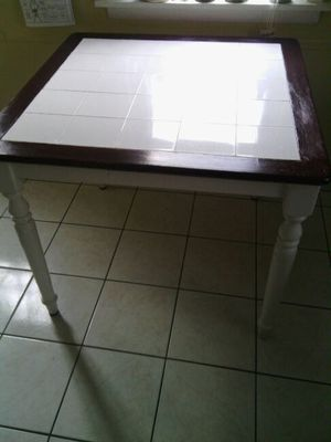 kitchen small table . for Sale in Trenton, NJ