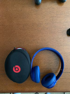 Beats solo 2 wireless. Great shape. With case. for Sale in Brooklyn, NY