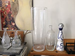 """high glass vase 24"""" high for Sale in Los Angeles, CA"""