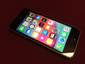 IPhone 5 16gb, unlocked for Sale in Franklin, TN
