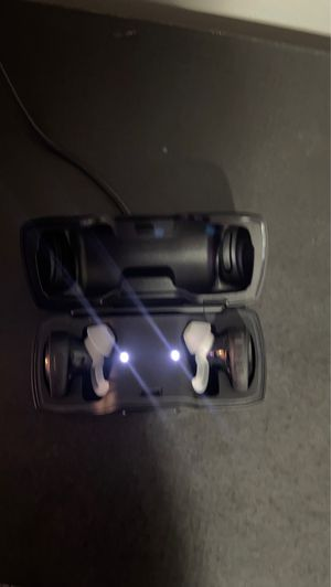 Bose wireless headset for Sale in Chicago, IL