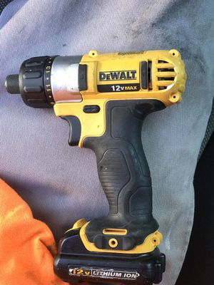 Dewalt 12v max drill with battery for Sale in Las Vegas, NV