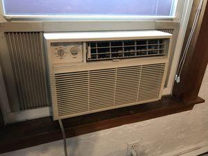 5450 BTU air conditioner for Sale in Cambridge, MA