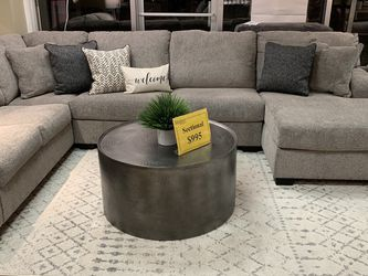 3 Piece Sectional ( Modern Home Furniture) for Sale in undefined