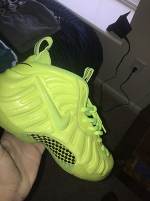 "Nike Foams ""Volt"" for Sale in St. Augustine, FL"