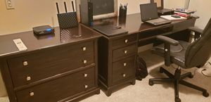 Matching Desk and Drawer/Filing Cabinet - $125 for Sale in Dallas, TX