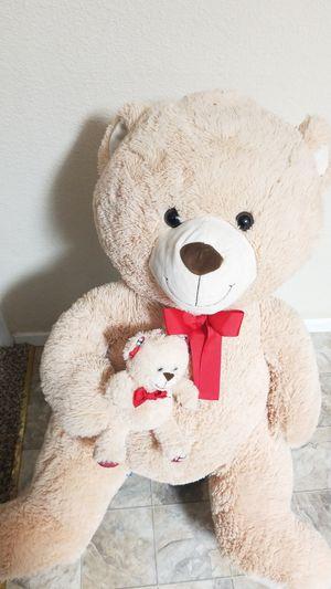 Big teddy bear for Sale in Lodi, CA