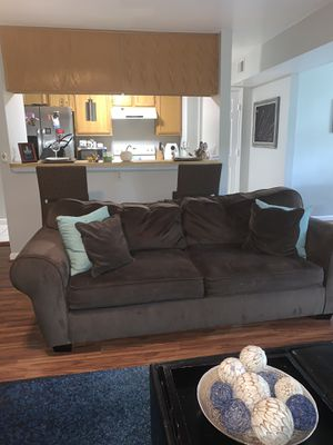 Comfy & Cute Chocolate Brown Sleeper Sofa & Oversized Chair for Sale in Oxon Hill, MD