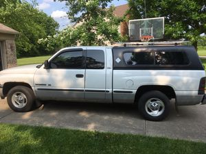 Camper shell for 2nd gen Dodge Ram for Sale in Indianapolis, IN