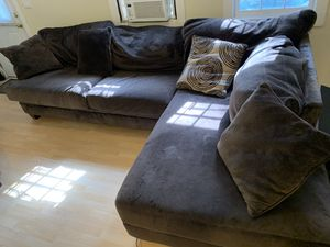 Sectional Couch FREE !!! for Sale in Atlanta, GA