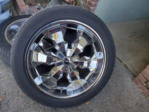 "22"" rims 6 lug universal 6x5.5 for Sale in Fresno, CA"