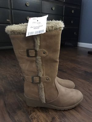Girls Size 4 Boots for Sale in Green Bay, WI