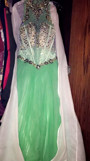 Prom dresses for Sale in River Ridge, LA