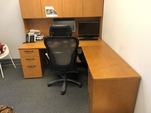Various desks, bookshelves, etc... for Sale in Delray Beach, FL