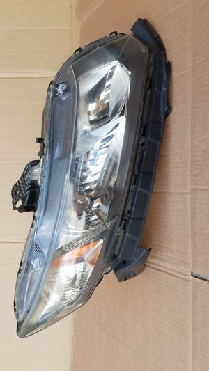 Honda civic coupe passenger headlight for Sale in Fontana, CA