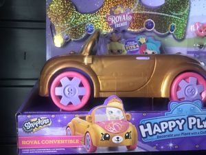 Shopkins happy places royal trends convertible car with figures for Sale in San Antonio, TX